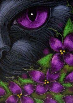 """Black Cat and Magenta-Pink Flowers"" par Cyra R. Cancel"