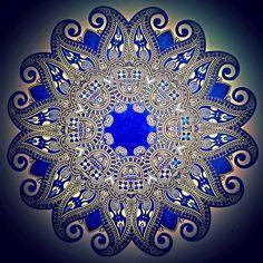 Blauwe mandala, kleuren voor volwassenen, kleurboek voor volwassenen