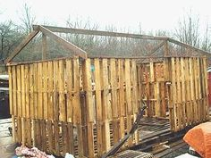 Free Shed Plans Pallet Shed Plans Free Pallet Cabin Ideas, Pallet Shed Plans, Pallet Barn, Shed House Plans, Free Shed Plans, Pallet House, Pallet Wood, Building A Wood Shed, Pallet Building
