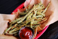 Baked Parmesan Green Bean Fries