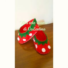 Felt baby shoes, scarpe in feltro , kids, strawberries, handmade, fatto a mano…