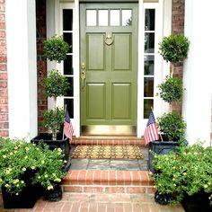 New Ideas Green Front Door Colors Entrance Curb Appeal Exterior Door Colors, Front Door Paint Colors, Painted Front Doors, Front Door Design, Exterior Doors, Exterior Design, Front Door Porch, Front Door Entrance, Glass Front Door