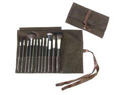 Kit de 12 pincéis  Macrilan Marrom R$45.90 por R$ 39,90  http://mulhervaidosa.tanlup.com/product/486352/kit-de-12-pinceis-macrilan-marrom