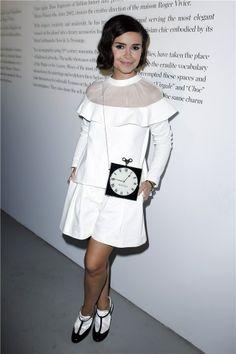Miroslava Duma con look original en París