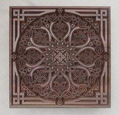 Caja de joyería  tallada de motivos y adornos orientales