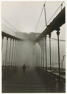 Paul Grotz - Brooklyn Bridge, 1929. Metropolitan Museum of Art. S)