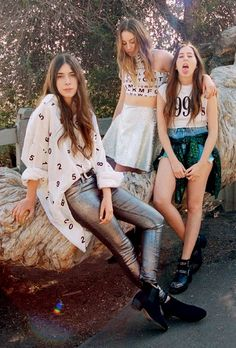 Haim- so much love for 90s style