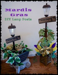 Mardis Gras DIY Bourbon Street Lamp Post – mardi gras - To Have a Nice Day Mardi Gras Centerpieces, Mardi Gras Decorations, Harvest Decorations, Table Centerpieces, Mini Solar Lights, Street Lamp Post, Mardi Gras Float, Mardi Gras Party Theme, Mardi Grad