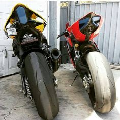 R1 or PANIGALE?