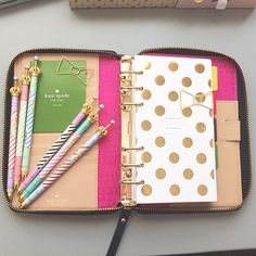 Kate Spade Accessories Nwt New Kate Spade Wellesley Zip Around Planner The Office