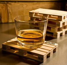 Pallet Coasters. Definitely Man Cave.