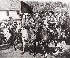 32 White Russia Wwi Ideas Wwi Civil War Russian Revolution