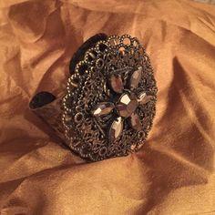 Vintage cuff bracelet Vintage cuff with brown jewel flower Jewelry Bracelets