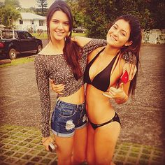 Jenner sisters! <3 why are they so perfect, can i please be them?