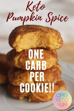 Pumpkin Spice Keto cookies are perfect for fall. These Pumpkin cookies are low c… Pumpkin Spice Keto cookies are perfect for fall. These Pumpkin cookies are low carb and keto! Who doesn't love keto pumpkin spice recipes? Low Carb Sweets, Low Carb Desserts, Low Carb Recipes, Pumpkin Recipes Low Carb, Dessert Recipes, Flour Recipes, Recipes Dinner, Lunch Recipes, Breakfast Recipes