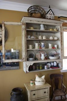 whether you want this for your home or your shop, what a great cabinet!