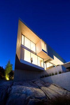 Sunset House, West Vancouver, 2015 - Mcleod Bovell Modern Houses