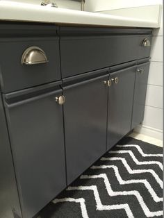 Well,it has been a few weeks since I completed my shiplap bathroom project and I have been loving the new look of my bathroom! With one exception--the vanity. I thought I could live with the laminate cabinets and countertop BUT I was wrong. The bathroom did not seem complete with the date