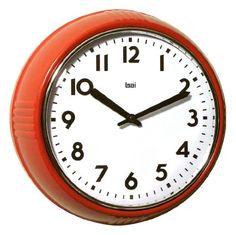 Retro Round Clock