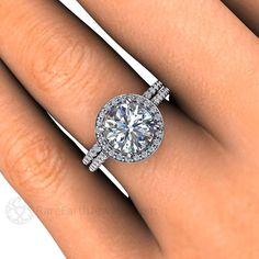 Moissanite anillo de compromiso y boda banda por RareEarth en Etsy