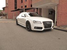 Audi A5 wheels white --> black ? - Page 2 - Audi A5 Forum & Audi S5 Forum