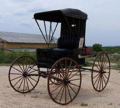 Antique Doctors Buggy Horse Drawn Carriage 1800 S