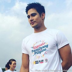 """This is the handsome Piolo Pascual smiling for the camera during the taping of the ABS-CBN 2016 Summer Station ID and Halalan 2016 Station ID, """"Ipanalo ang Pamilyang Pilipino!"""" He encouraged the public at the Quezon Memorial Circle to vote wisely. Born Again Christian, Star Magic, Abs, Filipino, Photo Credit, My Idol, Beautiful Men, Fashion Models, Public"""