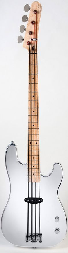 Noah Slim Bass