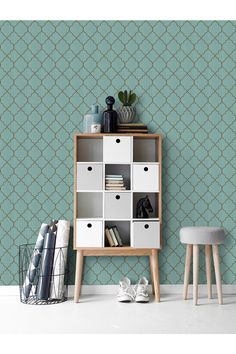 Ellos Sylvia mint wallpaper with Moroccan gold tile pattern