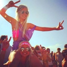 Summertime mean music festivals with my best friends!
