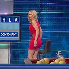 Rachel Riley Legs, Racheal Riley, Tv Girls, Anna, Tv Presenters, Famous Women, Lady In Red, Mini Skirts, Mini Dresses
