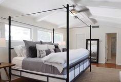 мебель для спальни из дерева