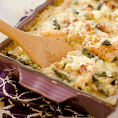 Light Asparagus, Chicken & Quinoa Bake is filled with leeks, bacon, asparagus and extra sharp white cheddar for a delicious dinner