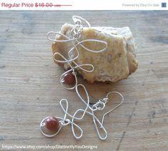ON SALE Wire Wrapped Jewelry Handmade, Silver Wire Bead Earrings, Sunstone Earrings, Gemstone Jewelry For Her, Wire Wrap, Silver Earrings, D - pinned by pin4etsy.com