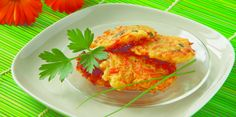 Vegetable Pancakes with Carrots & Zucchini Recipe - substitute veggies for potato/leak/chives/etc Side Dish Recipes, Vegetable Recipes, Vegetarian Recipes, Healthy Recipes, Vegetable Pancakes, Vegetable Dishes, Zucchini Vegetable, Healthy Cooking, Healthy Eating