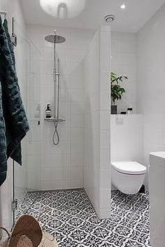 Resultado de imagem para supet small Bathrooms with Shower