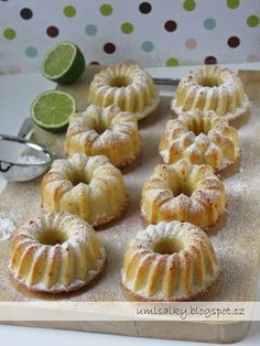 Middle Eastern Recipes, Coco, Doughnut, Minis, Sweet Tooth, Cupcakes, Desserts, Hampers, Pastries