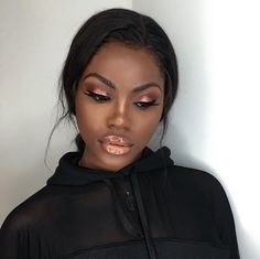 still very much in love with this look ✨ make up by the best in the game @bernicia.boateng - L I P  D E T A I L S :  Chestnut lipliner by @maccosmetics Naked lipstick by @illamasqua Clear gloss by @maccosmetics