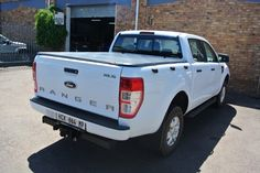 tonneau KING® soft tonneau cover is the first lockable soft cover in South Africa, fully hassle free product, fits and removes entirely in seconds. Tri Fold Tonneau Cover, Vehicles, Car, Automobile, Autos, Cars, Vehicle, Tools