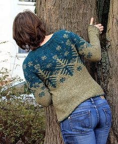 Ravelry: Project Gallery for Boreal pullover pattern by Kate Davies Fair Isle Knitting, Knitting Yarn, Hand Knitting, Yarn Inspiration, Mode Inspiration, Icelandic Sweaters, How To Purl Knit, Knit Picks, Knitting Designs