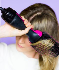 SLEEK BLOWOUT, AT HOME BLOWOUT, DIY BLOW DRY, REVLON HAIRDRYER, REVLON DRYER REVIEW, BEST DRUGSTORE BLOWOUT, IT'S A 10 MIRACLE LEAVE-IN PRODUCT, WET BRUSH, BLOWOUT TIPS AND TRICKS, HAIR TIPS, #revlondryer #athomeblowout #hairtips #sleekblowout #drugstorebeauty