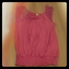 Pink mesh sleeve shirt Pink with mesh pink sleeve s and scrunch at bottom No Boundaries Tops Tank Tops