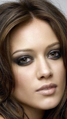 Hilary Duff - love the look.