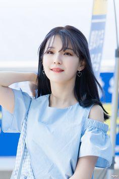 South Korean Girls, Korean Girl Groups, Kcon Ny, My Pocket, Girl Crushes, Pop Group, Cute Girls, Idol, Singer