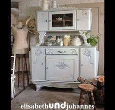Sorry, dieser wunderhübsche Schrank ist schon verkauft! Vintage Buffets - Vintage Landhaus shabby chic Buffet Schrank weiss - ein Designerstück von elisabethUNDjohannes bei DaWanda