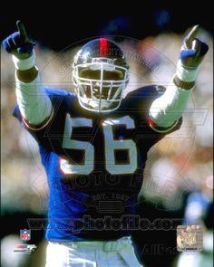 Lawrence Taylor New York Giants Super Bowl champions greatest linebacker New York Football, Nfl Football Players, Giants Football, American Football Players, New York Giants, Bills Football, Ny Yankees, College Football, Football Helmets