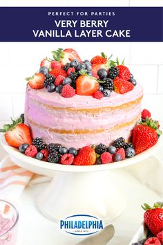 Very Berry Vanilla Layer Cake Just Desserts, Delicious Desserts, Yummy Food, Baking Recipes, Cake Recipes, Dessert Recipes, Cupcakes, Cupcake Cakes, Cake Pops