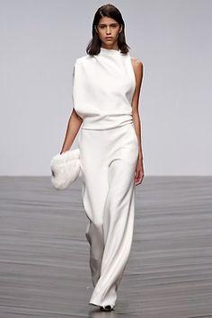 New Clothes - Elegant Jumpsuit White Fashion, Look Fashion, Womens Fashion, Fashion Trends, Fashion Ideas, Cheap Fashion, Fashion Spring, 70s Fashion, Party Fashion