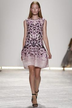 Monique Lhuillier Ready To Wear Spring Summer 2015 New York