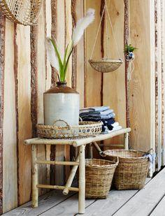 Die klappbare Bambusbank ist aus Bambus gefertigt und bietet zwei - drei Personen Platz! Jetzt anschauen bei car-Moebel.de!